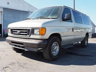 Ford Passenger Van >> Ford E 350 Xl Passenger Vans For Sale Mylittlesalesman Com