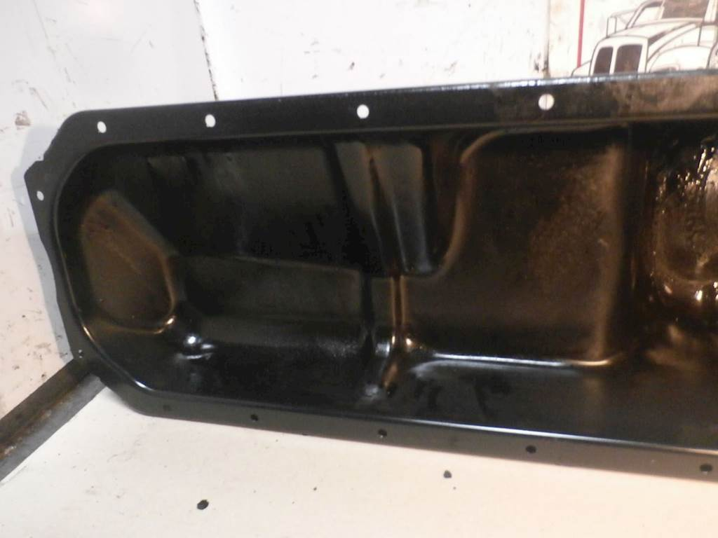 International DT466 Engine Oil Pan for a 2008 International For Sale |  Kankakee, IL | 180029-2 | MyLittleSalesman com
