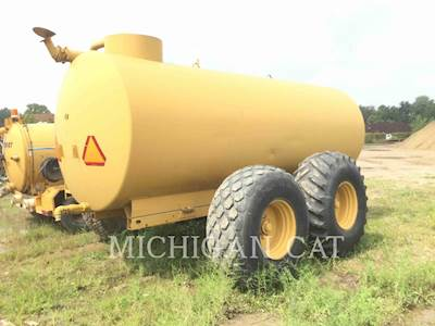 1900 Balzer 3750 Water Tank