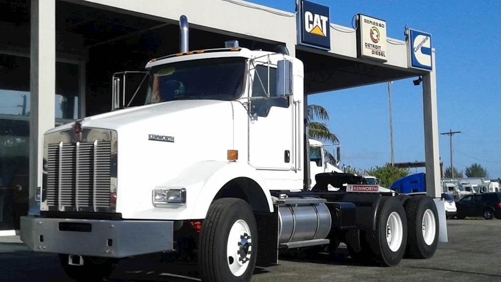 2020 Kenworth T800 Tandem Axle Oil Field Truck - Cummins EXPORT / EURO 3,  510HP, Manual