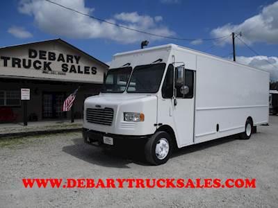 34fc0b37e6f544 Freightliner MT55 Step Van