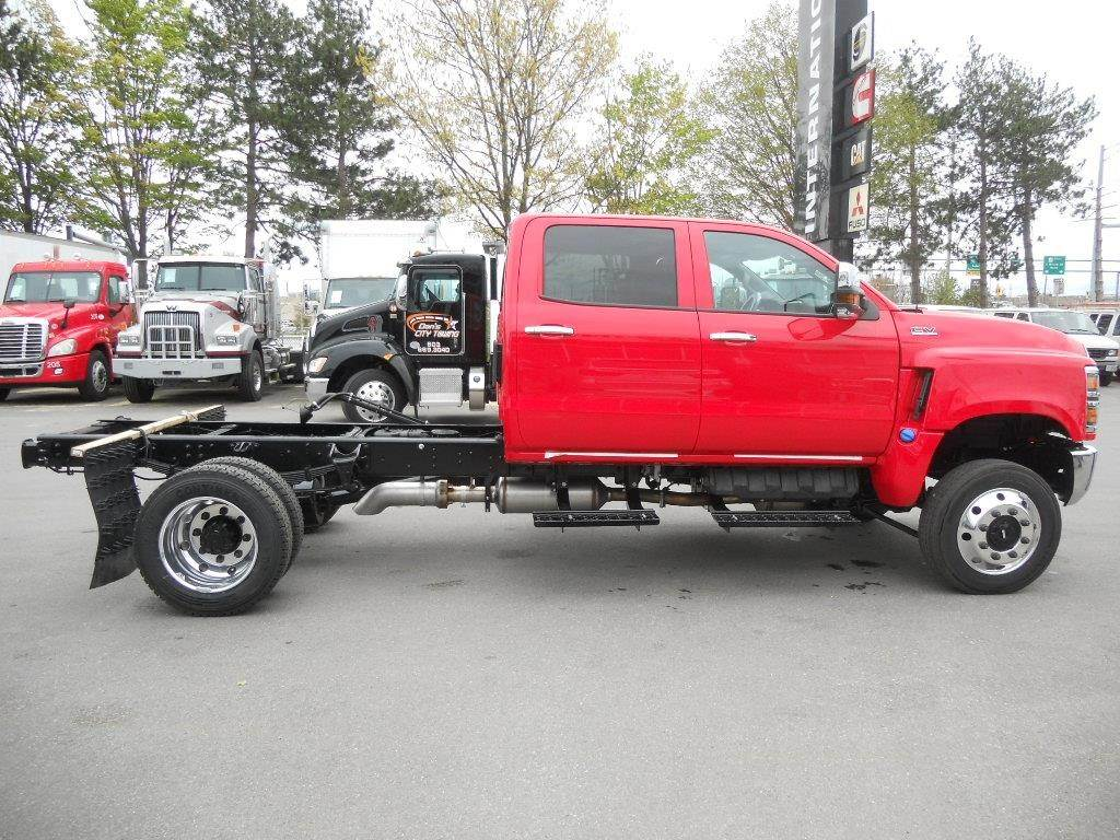 2019 international cv single axle tow truck  duramax 6 6