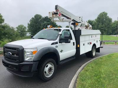 2011 Ford F-550 4x4 Bucket Truck with Versalift SST-40-EIH 45' Articulating  Telescopic Aerial Lift