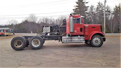 1988 Freightliner FLD120 Cab & Chassis Truck