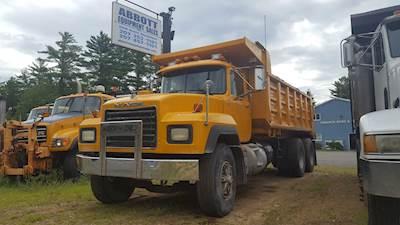 1994 Mack RD688S Dump Truck