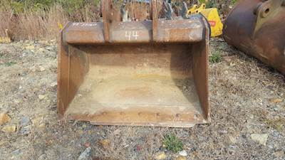 W&B Excavator Bucket for JD & Hitachi 160/200/225 and Doosan 170/220