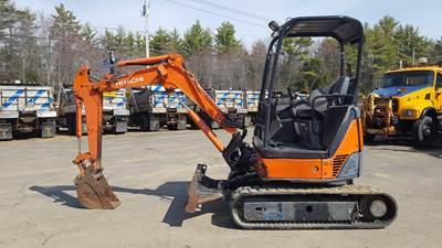 2009 Hitachi EX27U Mini Excavator