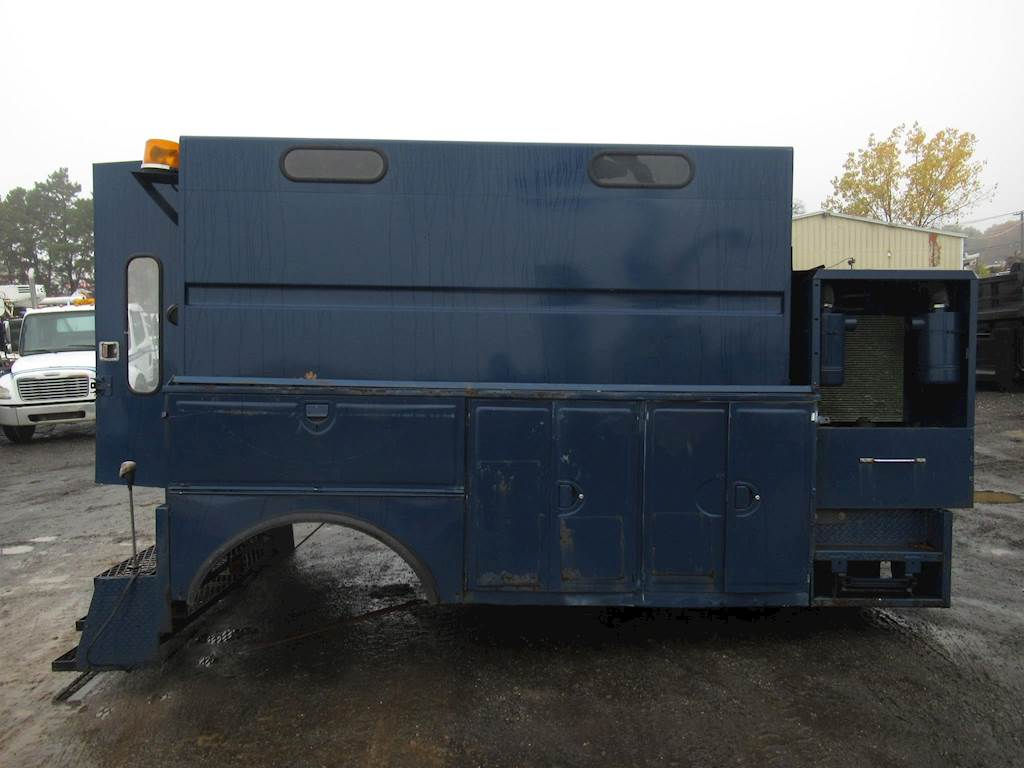 Utility Truck Beds For Sale >> 2002 Utility 12 Ft Truck Body For Sale Ronkonkoma Ny 000111