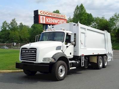 Trash Trucks For Sale >> Mack Granite Garbage Trucks For Sale Mylittlesalesman Com