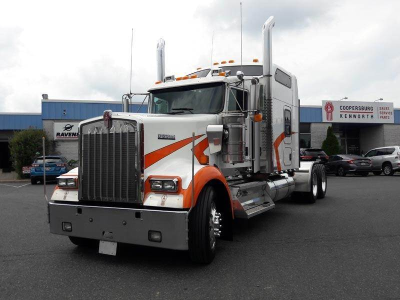 Fabulous 2013 Kenworth W900L Sleeper Semi Truck Cummins Isx15 550Hp Manual For Sale Coopersburg Pa 19P177T Mylittlesalesman Com Squirreltailoven Fun Painted Chair Ideas Images Squirreltailovenorg