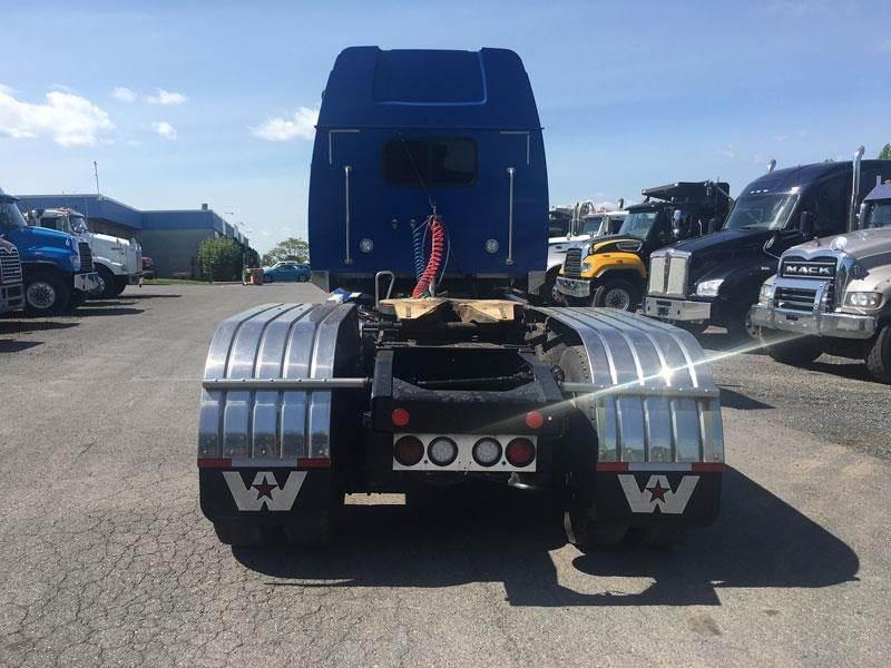 2014 Western Star 4900SB Sleeper Semi Truck - Detroit DD16, 530HP, AMT