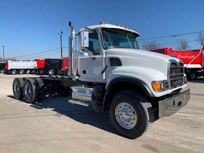 2003 Mack Granite CV713 Tandem Axle Cab & Chassis Truck - AI, 427HP, Manual