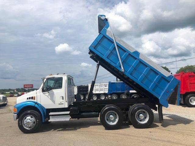 2003 Sterling Acterra Tandem Axle Dump Truck - Caterpillar 3126, 250HP,  Automatic