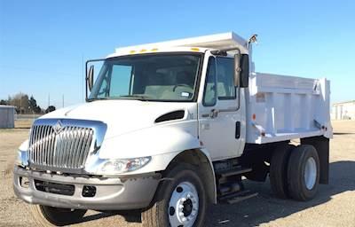 2006 International 4200 SBA Dump Truck