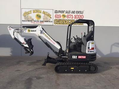 2016 Bobcat E32 Mini Excavator