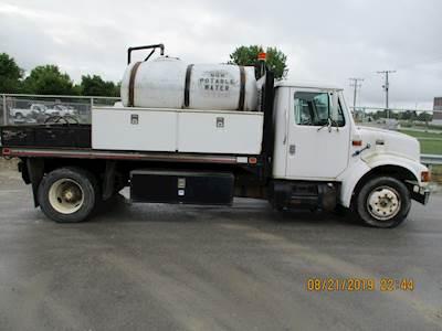1998 International 4700 750 Gallon Water Tanker Truck