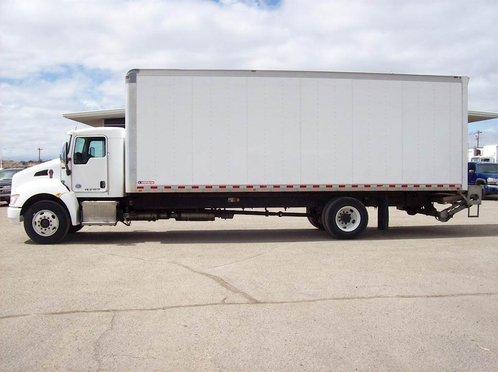 2016 Kenworth T270 Box Truck