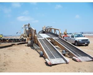 Rahco Heavy Duty Low Profile Track Mounted Self-Propelled Drive Over Truck Unloader Aggregate / Mining Equipment