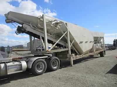 1981 - CON-E-CO Lo-Pro Model 5 Concrete Batch Plant (80 to 100 Yards Per  Hour)