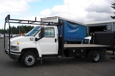 2007 GMC 5500 Single Axle Flatbed Truck - Automatic