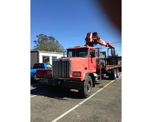 Western Star 4964 Flat Bed Truck with Crane