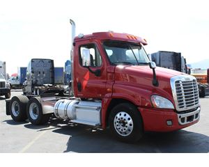 Freightliner Cascadia 125 Day Cab Truck