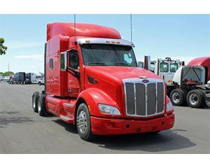 Peterbilt 579 Sleeper Truck