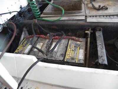 2000 Freightliner FLD Battery Box For Sale - Farr West, UT
