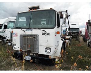 White / GMC WG64T Cabover Daycab