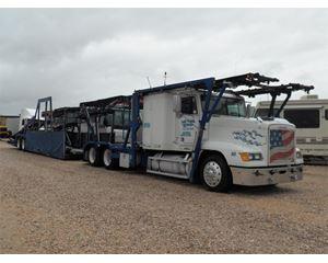 Freightliner FLD120 Car Carrier Truck