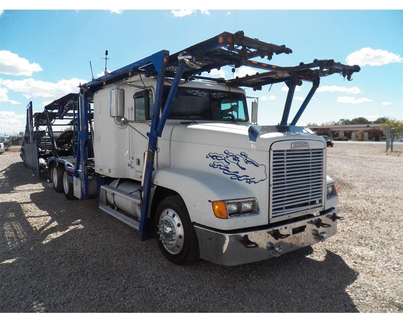 2000 Freightliner FLD120 Car Carrier Truck For Sale