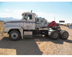 Freightliner FLD120 Day Cab Truck