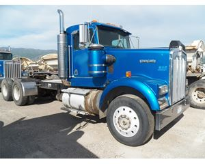 Kenworth W900 Day Cab Truck