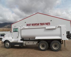 Kenworth T600 Heavy Duty Dump