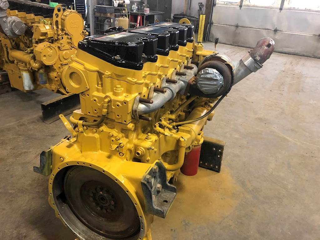 Caterpillar C15 Engine for a 2002 Kenworth T800