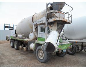 Oshkosh S2546 Mixer / Ready Mix / Concrete Truck