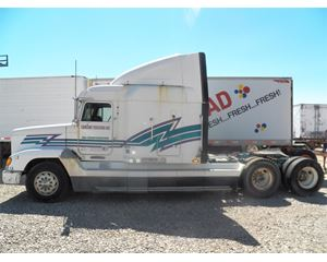 Freightliner FLD120 Parts