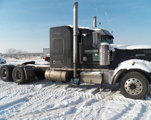 Kenworth W900L Parting Out - Trucks