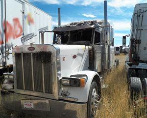 Peterbilt 379 Truck Part