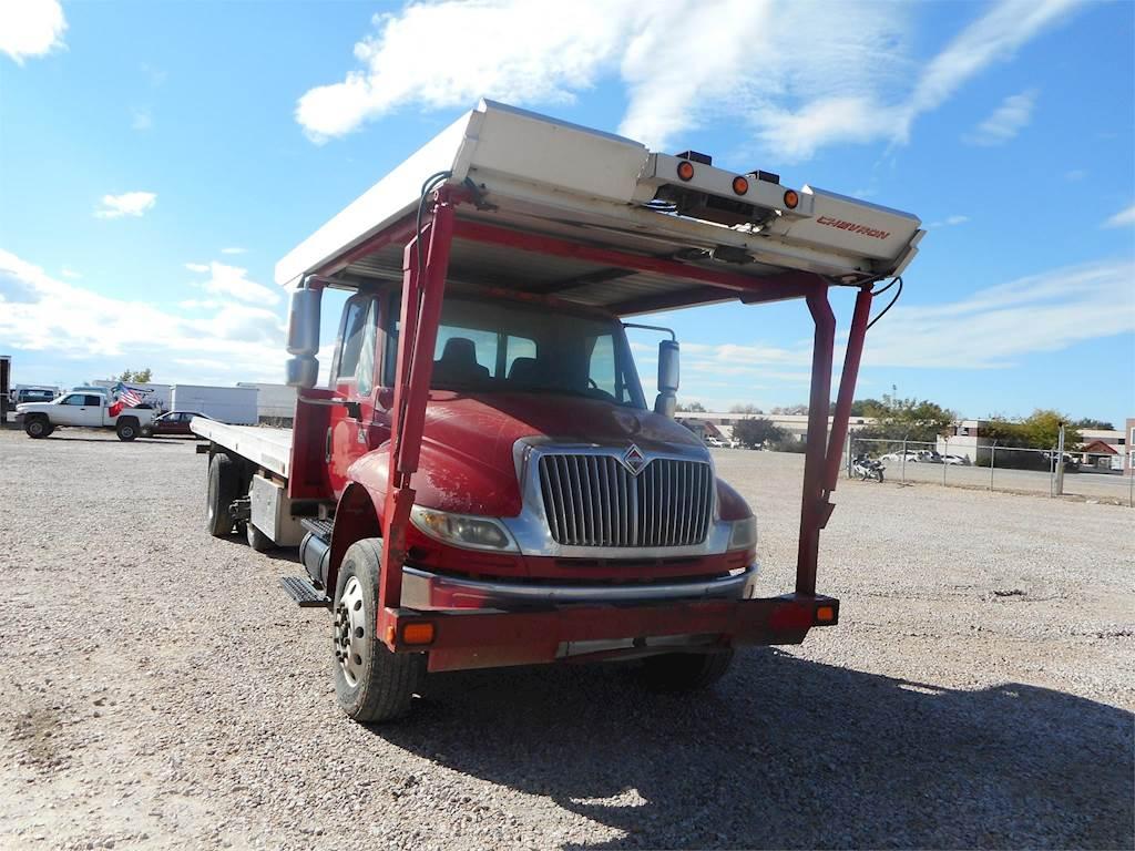 2005 International 4400 Tandem Axle Rollback Truck, DT530, 10 Spd