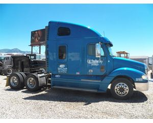 Freightliner COLUMBIA 120 Sleeper Truck