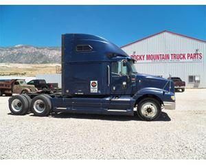 International 9400i Sleeper Truck