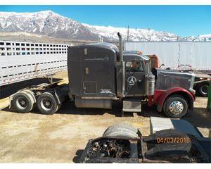 Peterbilt 379 Sleeper Truck