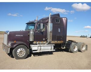 Western Star 4900FA Sleeper Truck