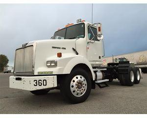 Western Star 4900SA Day Cab Truck