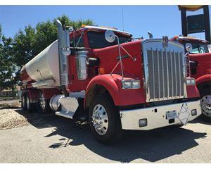 Kenworth W900B Gasoline / Fuel Truck